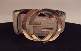 CL 32 - Gucci   Orginal GG  Taupe Monogram Leather Belt with Gold Buckle  Size 34