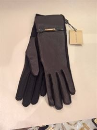 CL 41  - Burberry Black Leather and Cashmere Gloves   Size 7    New