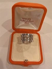 R989  - Hermes 18k White Gold with Diamonds   Size 7.5