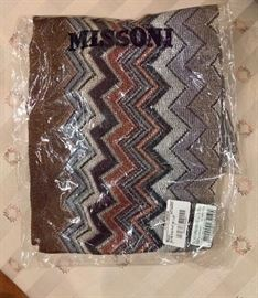 """3V  - Missoni  Zig Zag  Long Scarf 80"""" x 18""""  New In Bag"""