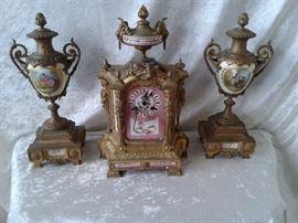 Pink Enamel Consonne Omulo Mantel Clock