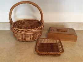 Baskets & Wooden Box (3 Pieceshttp://www.ctonlineauctions.com/detail.asp?id=656933