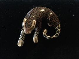 14K leopard slide