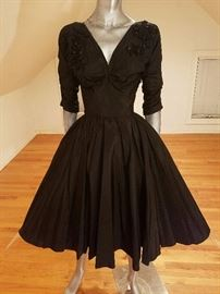 VTG 1950'S SILK SHANTUNG VERY FULL SWEEP DRESS ONYX BEADED BODICE WITH DETAILS