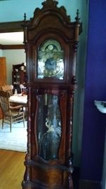 *BIG AND BEAUTIFUL*** RIDGEWAY GRANDFATHER CLOCK