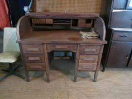 Old Vintage Oak Roll Top Desk With Great Bones. Needs TLC