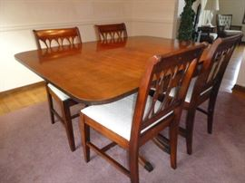 Vintage Dining Table with 4 Chairs  http://www.ctonlineauctions.com/detail.asp?id=652346