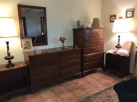 Bedroom set - Dresser, Chest of drawers and 2 nightstands