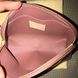 RARE LIMITED EDITION LOUIS VUITTON PINK IKAT COSMETIC BAG