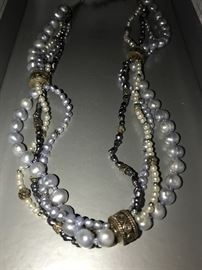 STERLING SILVER NATURAL PEARL NECKLACE