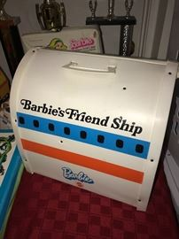 BARBIE FRIEND SHIP UNITED AIRLINES AIRPLANE\