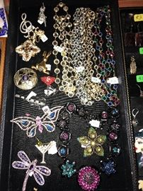 TONS OF DESIGNER JEWELRY, STERLING SILVER AND VINTAGE JEWELRY