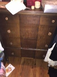Michigan Dresser chest of drawers