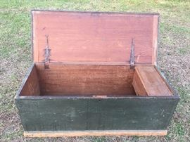 Penn Blanket Chest with Till and Drawer  original paint