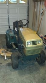 1971 Sperry-Rand New-Holland S-12 Mower