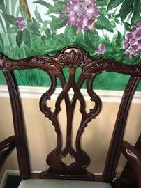 THOMASVILLE CHIPPENDALE MAHOGANY TABLE AND BALL / CLAW FEET CHAIRS