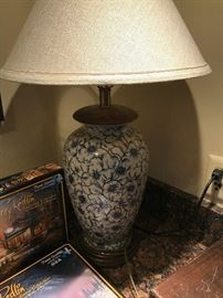 FREDERICK COOPER BLUE FLORAL LAMP