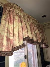 CUSTOM MADE VALANCES -WINDOW TREATMENTS