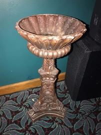 MAITLAND SMITH BRONZE FOOTED BOWL