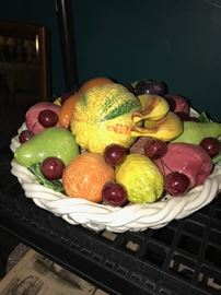 ITALIAN PORCELAIN FRUIT BASKET