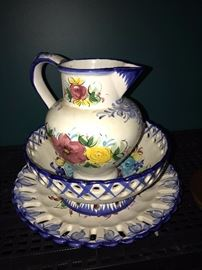 ITALIAN HAND-PAINTED BOWL AND PITCHER SET