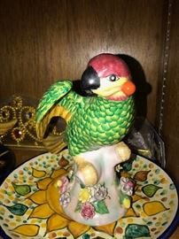 HAND-PAINTED PARROT STATUETTE / FIGURINE-2 AVAILABLE