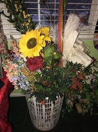 LARGE SELECTION OF SILK FLOWERS