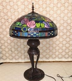 Large lamp with Tiffany-style shade and box, never used