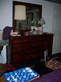 10 Drawer Dresser with mirror