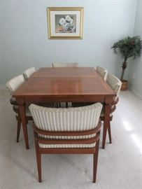 Mid Century Modern Dining Table with Double Leaves & 6 Chairs