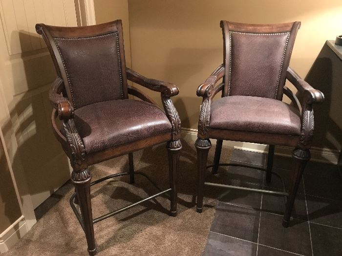 High End TS Berry Matching Barstools
