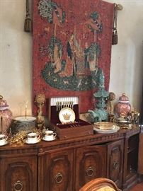 Gorgeous Buffet (Matches Formal  Dining Table) with 5 Doors