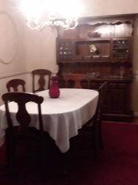 Dining set and hutch