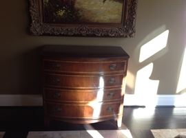Foyer chest