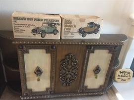 Retro Mirror and Chest Set $200
