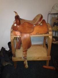 """Circle Y 16"""" Saddle"""
