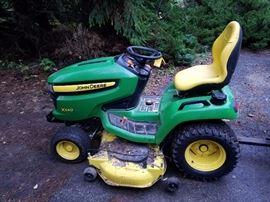 John Deere x540 Tractor with low hours