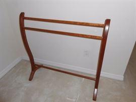 throw rack