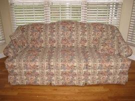 La-Z-Boy American Home LR Couch
