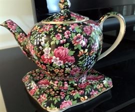 Chintz Royal Winton Teapot w/underplate