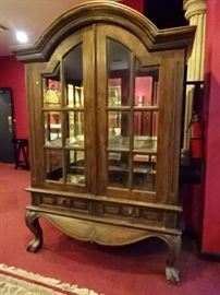 CLAW FOOT DISPLAY CABINET