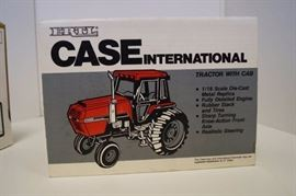 Ertl Case/International 2594 Tractor with Cab 1/16 ...