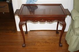 Queen Anne style table with side tables