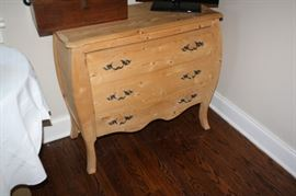 Bombay style chest