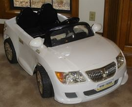 12V convertible ride-in