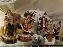 HUNDREDS of collectible christmas items