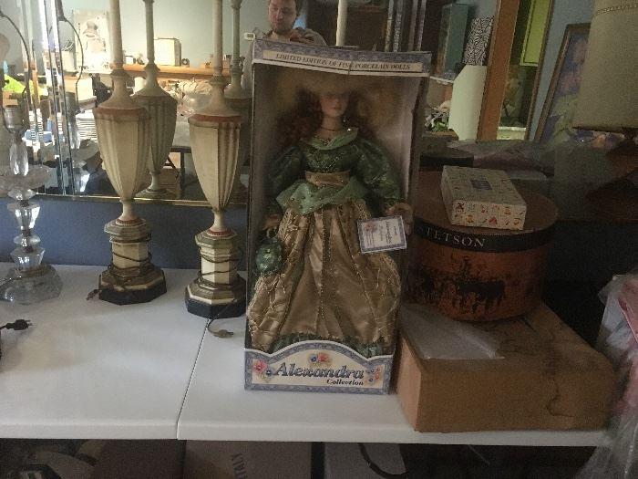 Lamps...dolls...