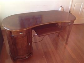 Kidney shaped desk $250