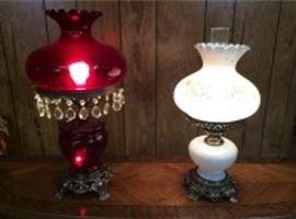 030 Hurricane Lamp Duo