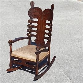 Furniture Oak Lobe Cut And Etched Rocking Chair